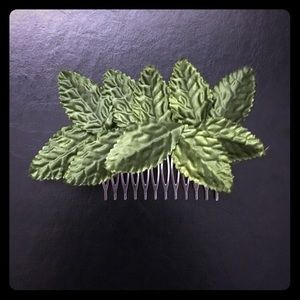 Leaf Hair Comb